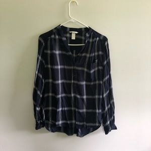 H&M quarter button flannel